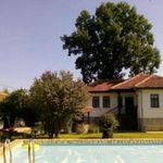 2-star guest house suitable for renting or permanent living, near Elena