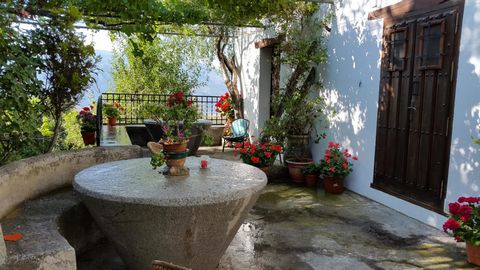 The rustic house is situated 2 km from the attractive village of Lanjaron (Granada), in the midst of the popular Andalusia region. It has a very nice environment, surrounded by lush vegetation which includes varieties of fruit trees such as chestnut,...