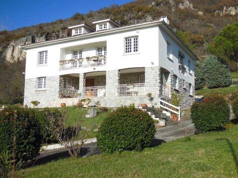 Achat-Vente-Chalet - Villa-Midi-Pyrénées-ARIEGE-Foix