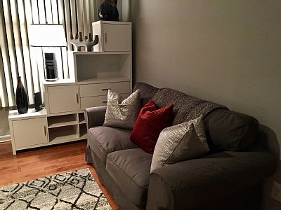 Swan Creek Guesthouse is a lovely furnished studio decorated in white and grey. Perfect for short term rentalsor for a couple nights. We are close to the new MGM Hotel/Casino, National Harbor and of course our nation's capitol and all that Was...