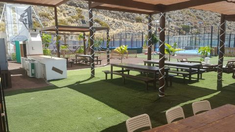 230.000€ Sale Leasehold running business Maspalomas Maspalomas Leasehold running business.  It has a large children's area Party area Five bathrooms, and one for disabled Two changing rooms with showers Cafeteria 36m2 5 tennis paddle Three tracks of...