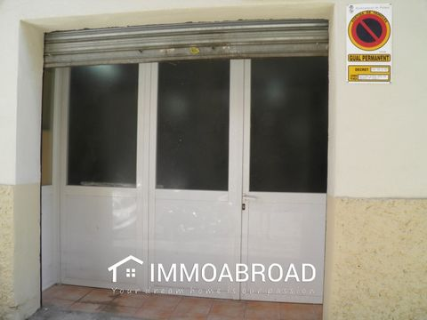 Commercial Space near General RieraA big open plan commercial space great as a Mechanic Shop, paint studio, wear house or storage, carpinter shop,electritian or plumber's work shop. Not only this Commercial ID 341731 in Palma .Spain, you can find tho...