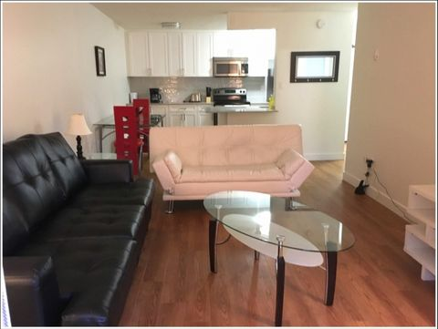 Located in Burnaby. Sublet.com Listing ID 3005517. For more information and pictures visit https:// ... /rent.asp and enter listing ID 3005517. Contact Sublet.com at ... if you have questions.