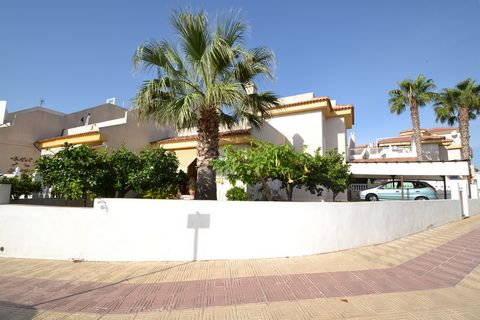 Property for sale in Playa Flamenca, Orihuela Costa. Lovely semi-detached three bedroom villa with magnificent sea views. It is located very close to all amenities such as bars, restaurants, supermarkets,