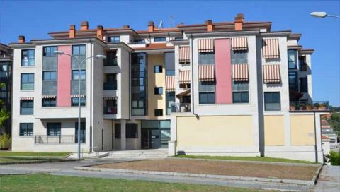 Apartment for sale situated in Ourense, Ourense, Spain. The property has 2 bedrooms and 2 bathrooms and a build size of 60.69m2. Sold free of debts and charges, mortgages available subject to status. Ref:Net-183364.