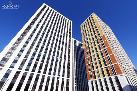 Продам помещение свободного назначения, без комиссий, площадью 68,4 м2 на первом этаже в МФК