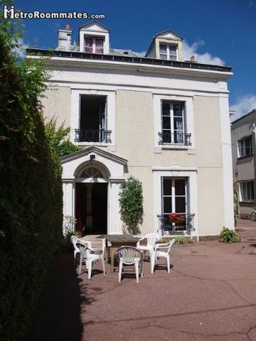 Located in Essonne. Sublet.com Listing ID 2252418. For more information and pictures visit https:// ... /rent.asp and enter listing ID 2252418. Contact Sublet.com at ... if you have questions.