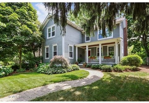 In-Town Location! Charming English Country home w/open floor plan (Re-built 1978). Gourmet kitchen opens to the sunny family room w/ fireplace & glass door to 30x10 wood deck overlooking the yard & summer gardens. The kitchen features a breakfast bar...