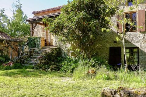 If you arrive here after a long drive, you'll feel like you're in another world. It seems like time has stood still here. You will certainly completely unwind here. This ancient rustic farmhouse is situated in the middle of nature, on a hill in the s...