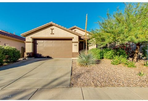 $7000 PRICE REDUCTION !!! The Heart of Anthem, MOUNTAIN VIEWS 4 bed/ 2 bath Home. Open floorplan with Large Kitchen, matching appliances, large breakfast bar. Formal living and Dining area, laminate Wood flooring throughout the home. Very large Laund...