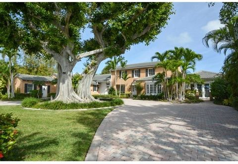 Direct Intracoastal Paradise! With spectacular water views, this striking 4 bedroom, 4.5 bath estate nestled on a private and secluded lot is your escape to luxury. As you enter the home from the brick paver motor court, the wide intracoastal vistas ...