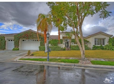 Fantastic Regent floor plan with attached casita in the luxurious highly sought after gated community of Victoria Falls in Rancho Mirage. This must-see property located on a very quiet street at the far Western end of the community has solar panels, ...