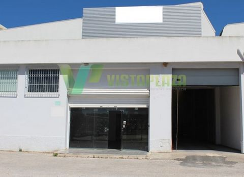 Warehouse with ² 4101 feet covered, 12-meter right foot, offers store with 200 m ² high that doesn't steal the warehouse area, equipped with two bathrooms and a/c. Also has 500 m ² of fenced Park in front of the warehouse. Select your visit, please f...