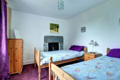 This Victorian property, adjoining what was once the local chapel, retains many of its original features from fireplaces to pew seating in the dining area. With plenty of space for the whole family to relax after exciting days getting out and about i...