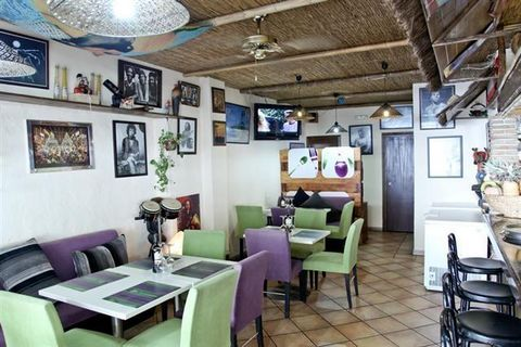 Bar in Marbella This fantastic investment opportunity in the Marbella Port sells either freehold or as a traspaso (50,000€ plus rent 2000€ per month). The port is a famous tourist relaxing spot, just 50 m from the yachts and beach. Surrounded with bo...