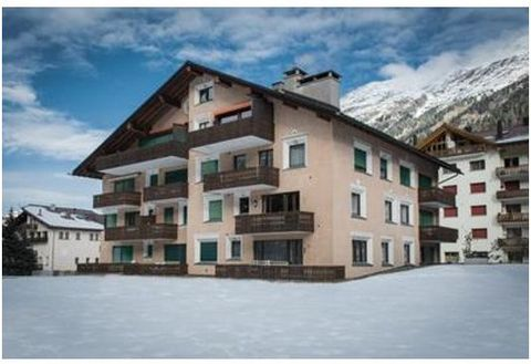 From May to October the rent prices contains: -the mountain railway tickets for all days and all person -the local public transportation tickets (bus뚶) In the ski season we offer on request the apartment including the Ski Railway Tickets 3,5 room, co...