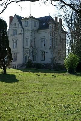 NANTES proche, Castle 12 Room (s) 630 m², 7 Bedrooms.