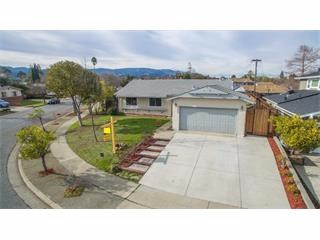 Tech Lover's 4 Br Dream Home on HUGE Lot! Gleaming*Modern*Updated*Must See Home! Plus ALL the Fun Home Tech Toys including Nest & Ring! Control Access, Temp, Lighting-Even Color-Changing Lighting-REMOTELY-From the Palm of Your Hand! NEW Modern G...