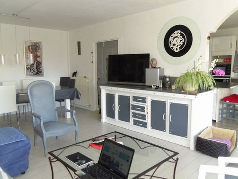 ST CYPRIEN PLAGE Centre ville, Flat 4 Room (s) 99 m², 2nd Floor, 3 Bedrooms, Fitted kitchen