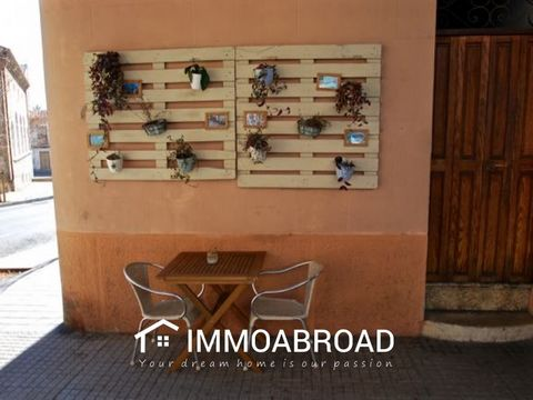 Coffe-bar lease in Santa Catalina with terrace!Coffe-bar refurbished completely in Santa Catalina with license for outside terrace. 65m2 interior, completely refurbished and decorated; ready to start a new business in on of the most populars location...