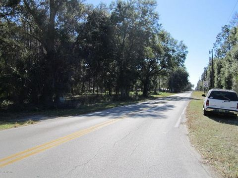 Great Commercial Potential on this beautiful 8.46 acres. Zoned RAC Rural Activity Center. Usages are endless, can be divided 12 times. Nearly 1200 ft on Hwy 316 and 360 ft on 150th Ave. Also joins the CFBC greenway on the east side. Possible owner fi...
