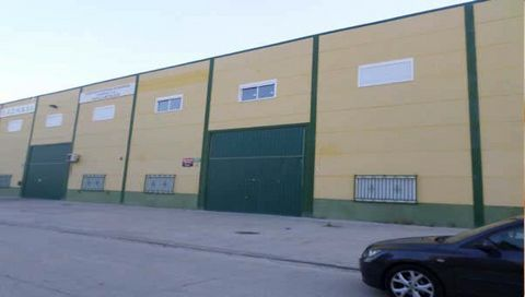 Warehouse for sale situated in Borox, Toledo, Spain. The property has bedroom and 1 bathroom and a build size of 2535.30m2. Sold free of debts and charges, mortgages available subject to status. Ref:Net-178290.