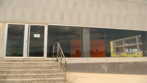 Warehouse for sale situated in Mahón, Balears (Illes), Spain. The property has bedroom and bathroom and a build size of 1410.00m2. Sold free of debts and charges, mortgages available subject to status. Ref:Net-184807.