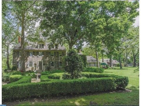 Perched in Historic Gwynedd, Glendower Farm exudes character, charm & elegance at every turn & offers all the convenience & luxuries of today. A sweeping drive leads to a breathtaking setting nestled on a 7.8 acre dramatic homesite with stately hardw...