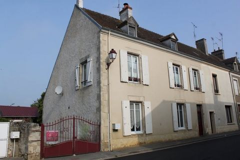 MAROLLES LES BRAULTS BOURG, House 5 Room (s) 141 m², 1 Floor, Land 1630 m², 4 Bedrooms, Fitted kitchen