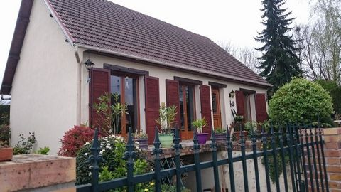 GISORS Centre ville, House 4 Room (s) 90 m², Land 590 m², 2 Bedrooms, Fitted kitchen