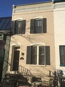 Guests are sure to enjoy a memorable vacation in this luxurious, fully furnished, 2 bedroom/ 2 bath Townhome. Situated in historic Georgetown, steps away from the Four Seaaons Hotel.