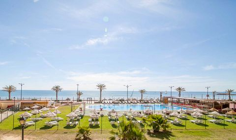Beach apartment Valencia We are delighted in present to the market this nice apartment of 75 meters only 100 meters walk to the beach. The property comprises the following: two bedrooms with direct views onto the sea,two bathrooms, spacious living ro...