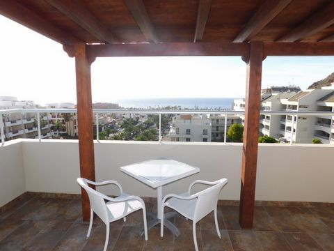 385.000€ Sale Ref. 1022 3 bedroom Duplex Penthouse, San Remo, Palm Mar Palm-Mar This is certainly one of the best penthouses in San Remo, Palm Mar. The views are just amazing!!!! You feel like a king on top of his kingdom. When entering this property...