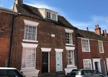 Beautiful Three bedroom property located in the heart of Colchester Town Centre. Walking distance to Colchester Train Station and fantastic A12 links. Superb three bed mid terraced town house in the popular location of Colchester Town Centre. Ideally...