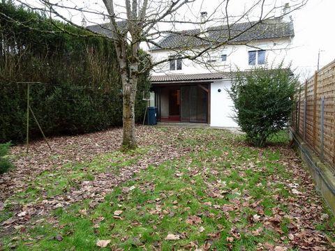 CHATEAUROUX Centre ville, House 4 Room (s) 82 m², Land 1531 m², 2 Bedrooms.