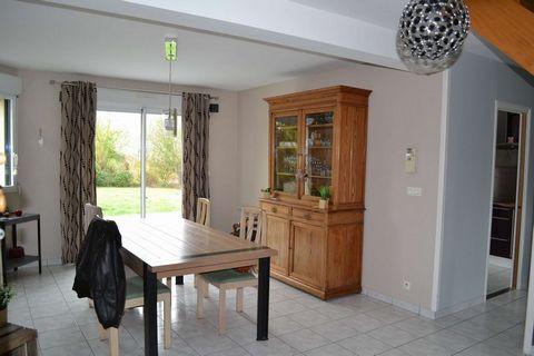 MARCEY LES GREVES Centre ville, House 6 Room (s) 98 m², Land 1000 m², 3 Bedrooms.
