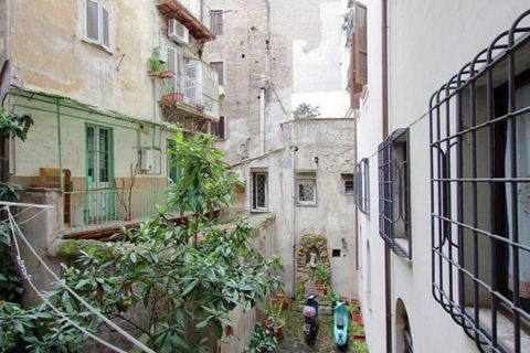Apartment Navona is a lovely apartment in an antique house from 1400 with cotto floors and wooden beams on the ceiling. There is a spacious kitchen and a balcony overlooking the courtyard. The apartment is nicely furnished and is located in the cente...