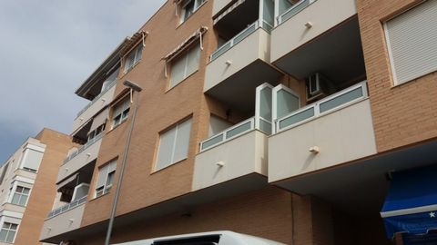 Apartment for sale situated in Montesinos (Los), Alicante/Alacant, Spain. The property has 3 bedrooms and 2 bathrooms and a build size of 126.00m2. Sold free of debts and charges, mortgages available subject to status. Ref:Net-183079.