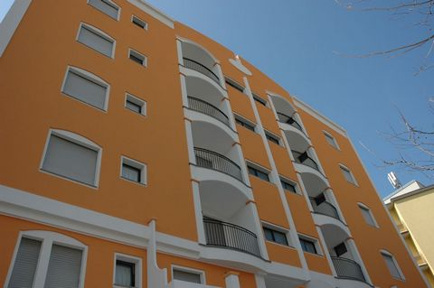 Apartment in Rimini with a bedroom and a maximum of 4 people.The apartment is 45 sqm furnished with taste and modern. The property is located in a residential area and close to the sea. It has an elevator and parking.Apartment with safe, air conditio...
