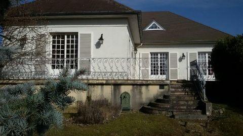 ST DIZIER Centre ville, House 6 Room (s) 170 m², Land 2072 m², 4 Bedrooms.
