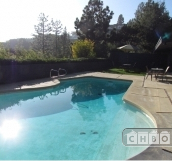 Located in West Hollywood. Sublet.com Listing ID 3010971. For more information and pictures visit https:// ... /rent.asp and enter listing ID 3010971. Contact Sublet.com at ... if you have questions.