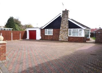 Description EPC Rating C *** Offered CHAIN FREE *** Situated in the DESIRABLE GORLESTON CLIFF location we offer this EXTENDED DETACHED BUNGALOW with PRIVATE GARDEN to the rear and a GARAGE and DRIVEWAY to the front. The accommodation boasts THREE BED...