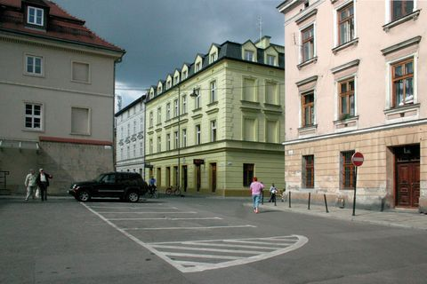 Located in the trendy disctrict of Kazimierz, this 19th century building contains up to ten cosy apartments. The location in the centre of Krakow makes it perfect to visit the entire city on foot. This very apartment is well suited for a family or a ...