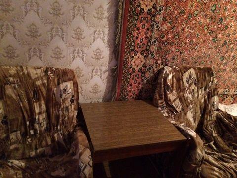 Рузанна. Сдается комната с балконом в трехкомнатной квартире. В двух других комнатах проживают хозяйка с 2 детьми. В комнате есть все необходимое для комфортного проживания. Бытовой техникой можно пользоваться. Рассмотрим 1 человека. , Москва г, Заго...