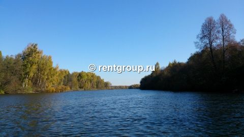 The house is not located in the area, not near, not in the area, and on the shore of Ruza reservoirs. Stress plot closely adjacent to the reservoir, private access to the water. Further, in order to tell more: Location: Moscow region., Etc. Zhukovka ...