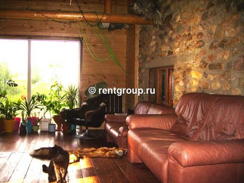 We offer to rent a two-level log cottage with a total area of ​​200 sq.m. Cottage for rent on the day, weekends and holidays. Interior decoration - Romanesque style. In the basement of the building housed Russian bath. The first level is equipped wit...