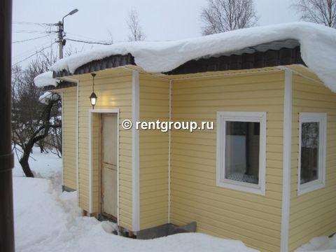 Лот №3312. Предлгаем небольшой уютный домик общей площадью 20 кв.м. В доме - кухня (5 кв.м.), спальная комната (12 кв.м.), совмещенный санузел. На прилегающей территории, общей пощадью 12 соток, расположены мангал, беседка, парковка на два автомобиля...