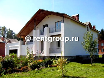 We offer to rent four-level brick cottage with a total area of 370 square meters. Cottage is leased at night, weekends and holidays. The first floor is occupied by: razdolnaya River entrance, living room, fireplace, kitchen, toilet, bath. On the firs...